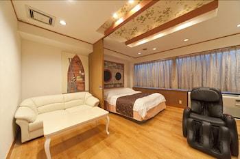 HOTEL FINE GARDEN OKAYAMA 2 - ADULTS ONLY Living Area