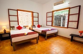 Base Villa Phnom Penh - Guestroom  - #0