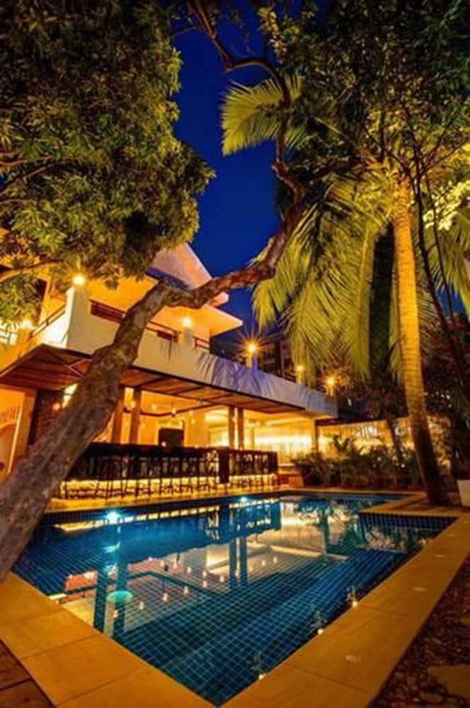Base villa phnom penh qantas hotels australia