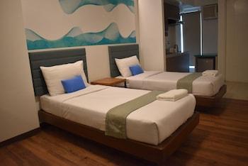 H HOTELS - METRO NORTH UNO Room