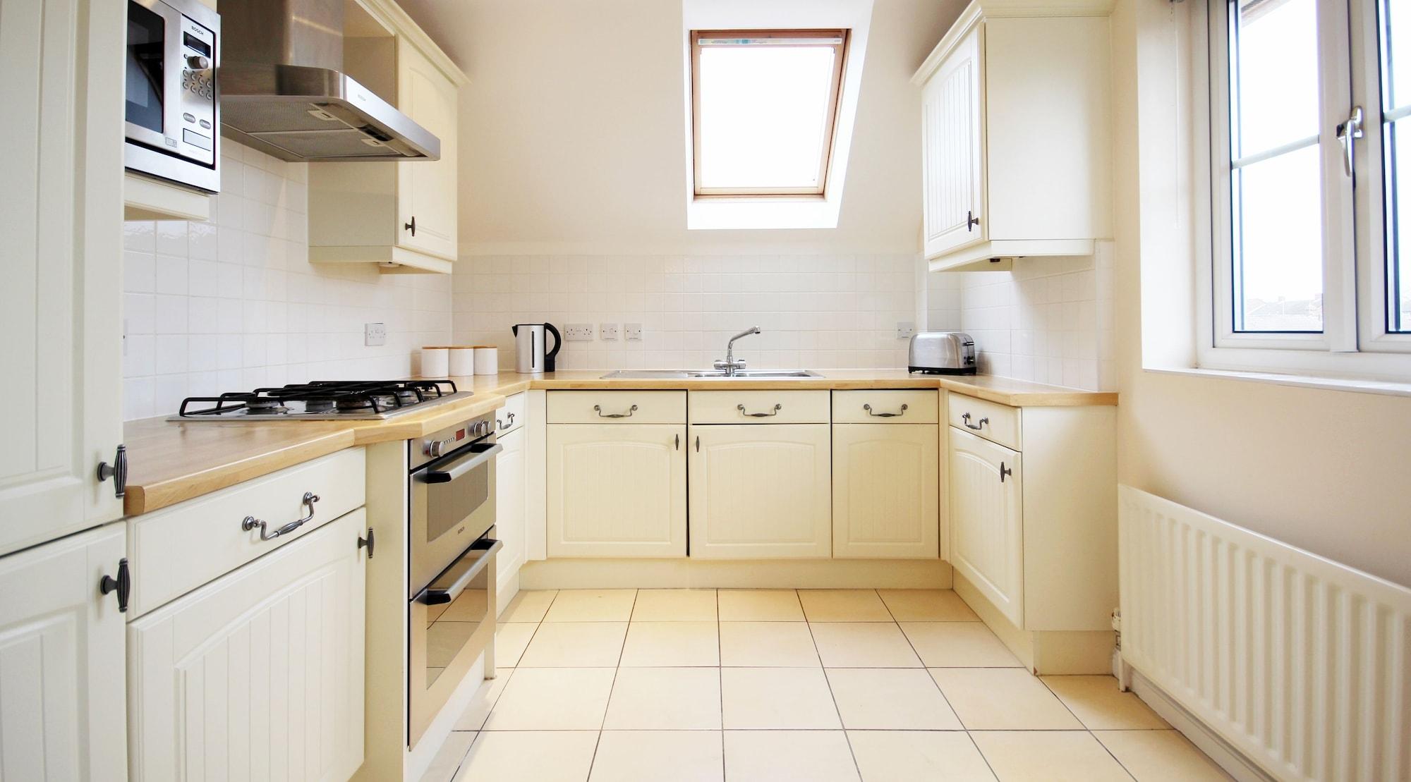 Berkshire Rooms-Bracknell, Bracknell Forest