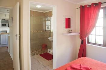 Pepper Cottages - Bathroom  - #0