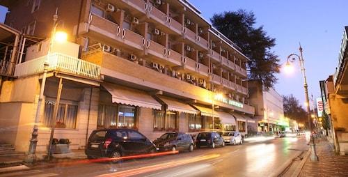 . Hotel Bonifacio