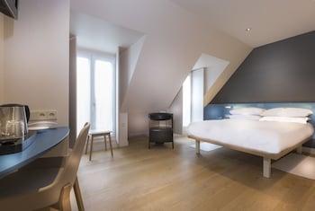 Deluxe Double Room, Balcony (top floor)