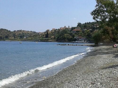 Apelon Tiritas Villas, Peloponnese
