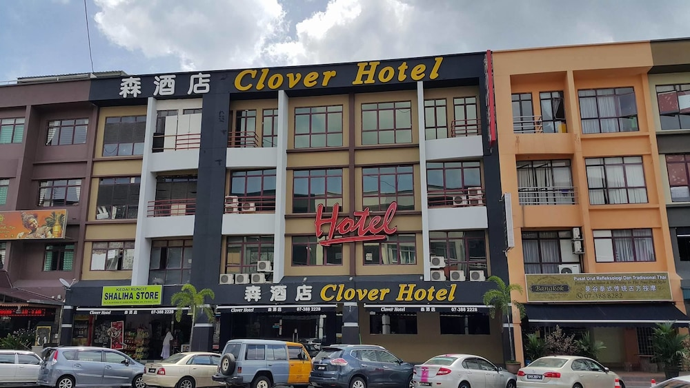 クローバー ホテル