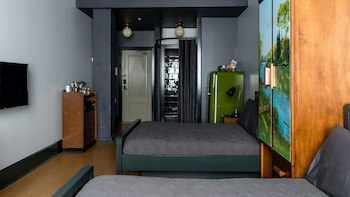 Deluxe Room, 2 Double Beds, City View (Double)