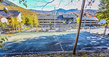 The Village of Loon Mountain, a VRI resort - Basketball Court  - #0