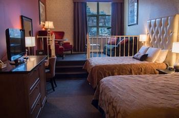 Luxury Room, 2 Queen Beds, City View