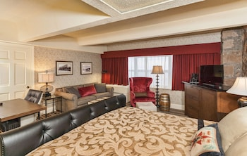 Luxury Room, 1 King Bed with Sofa bed, Lake View