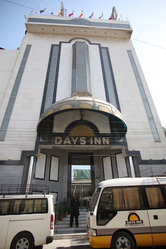 Hotel Days Inn, Karachi