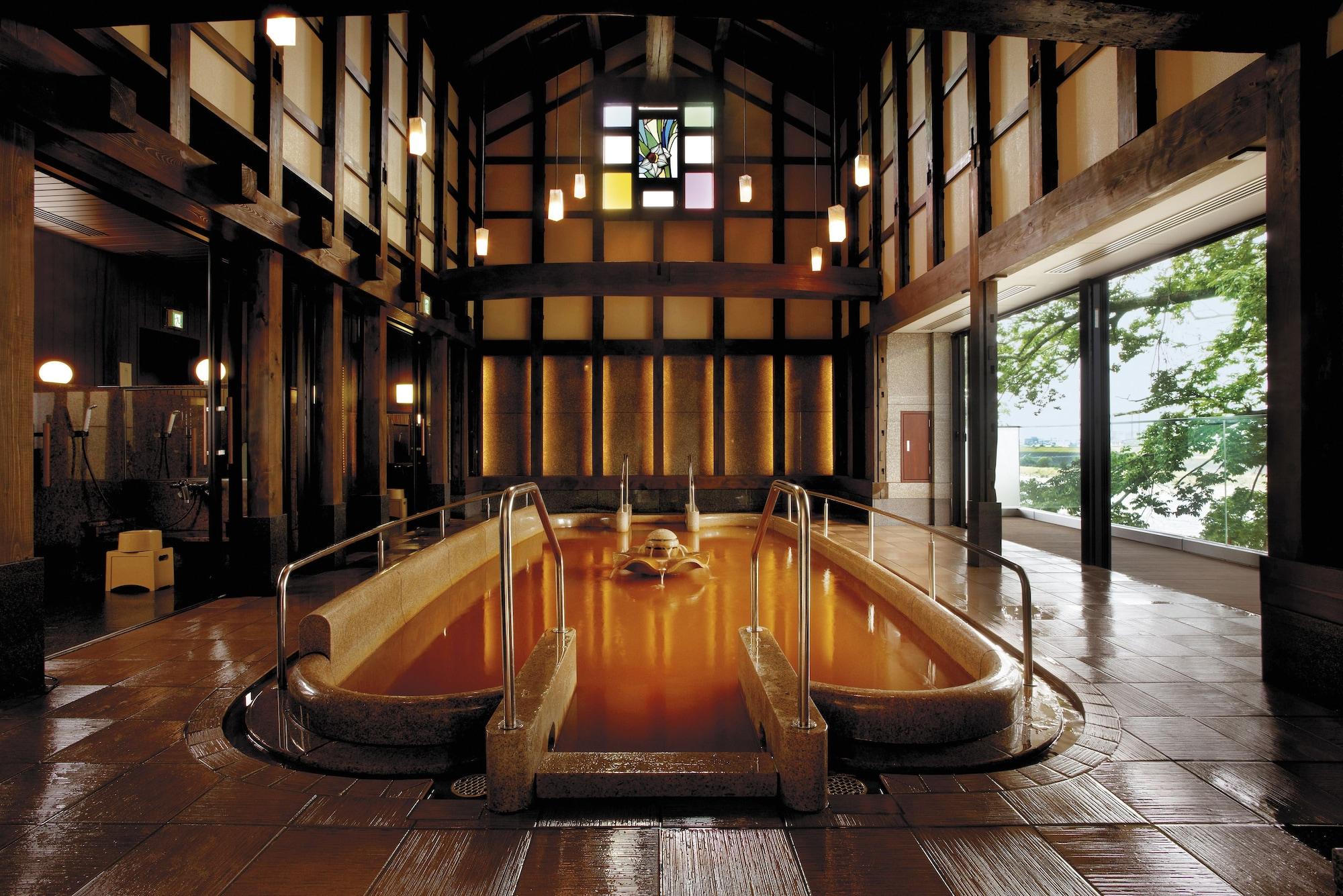 Juhachiro, Gifu