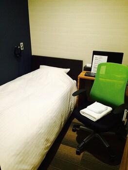 エコノミー シングルルーム 共用バスルーム|ホテル スマートスリープス