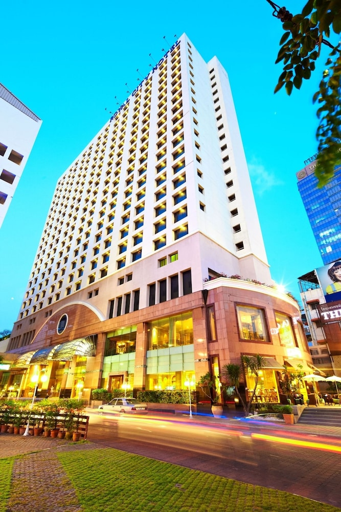 ザ ロイヤル シティ ホテル