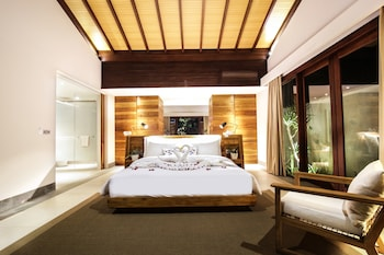 Tropical One Bedroom Pool Villa (King)