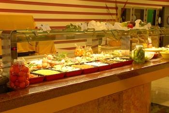 Holiday World Resort - Buffet  - #0