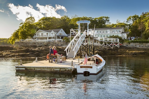 . Linekin Bay Resort