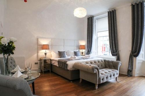 Edynburg - Edinburgh Castle Apartments and Suites - z Gdańska, 3 kwietnia 2021, 3 noce
