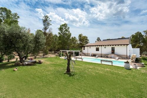 Villa Pizzi, Brindisi