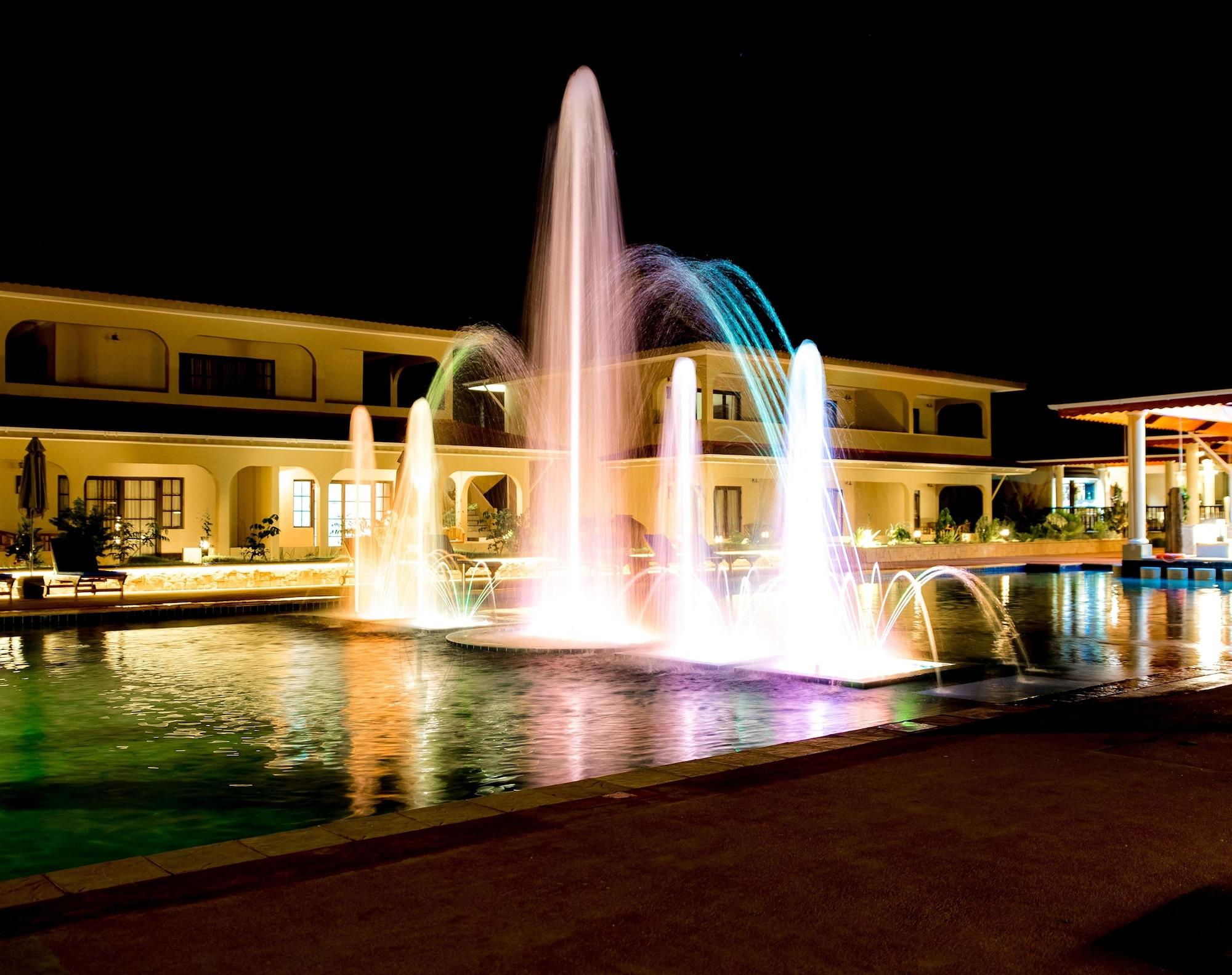 Oasis Hotel Restaurant & Spa,