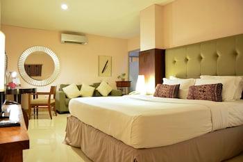 Hotel - W Home Cikatomas