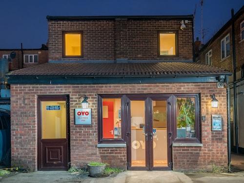 OYO Elstree Inn, Hertfordshire