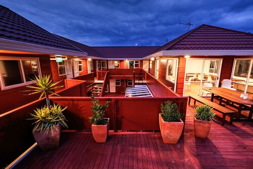 Haka Lodge Taupo - Hostel, Taupo
