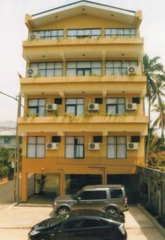 Sunhill Hotel Katunayaka - Featured Image  - #0