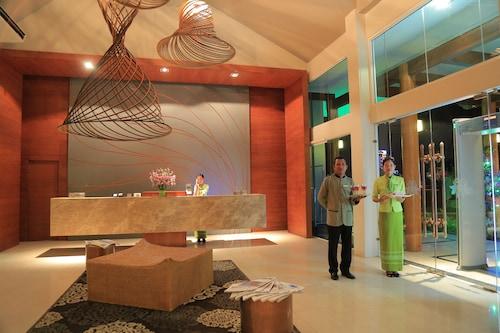 Nirvana Hotel and Resort, Naypyitaw