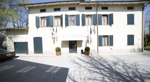 Hotel Luna, Modena