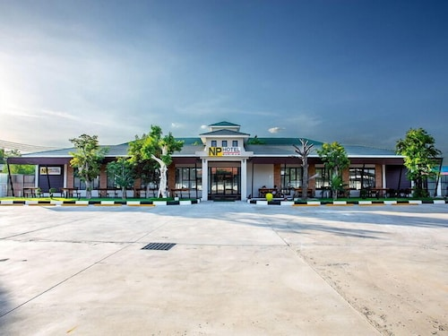NP Hotel, Muang Buri Ram