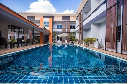 The S.G Hotel, Muang Buri Ram