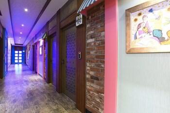 VOVTEL - Hallway  - #0