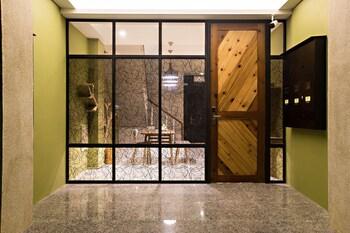 Success 66 B&B - Interior Entrance  - #0