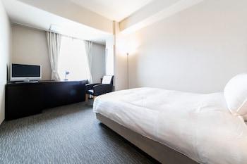 セミダブルルーム 喫煙|ホテル クリスタル パレス