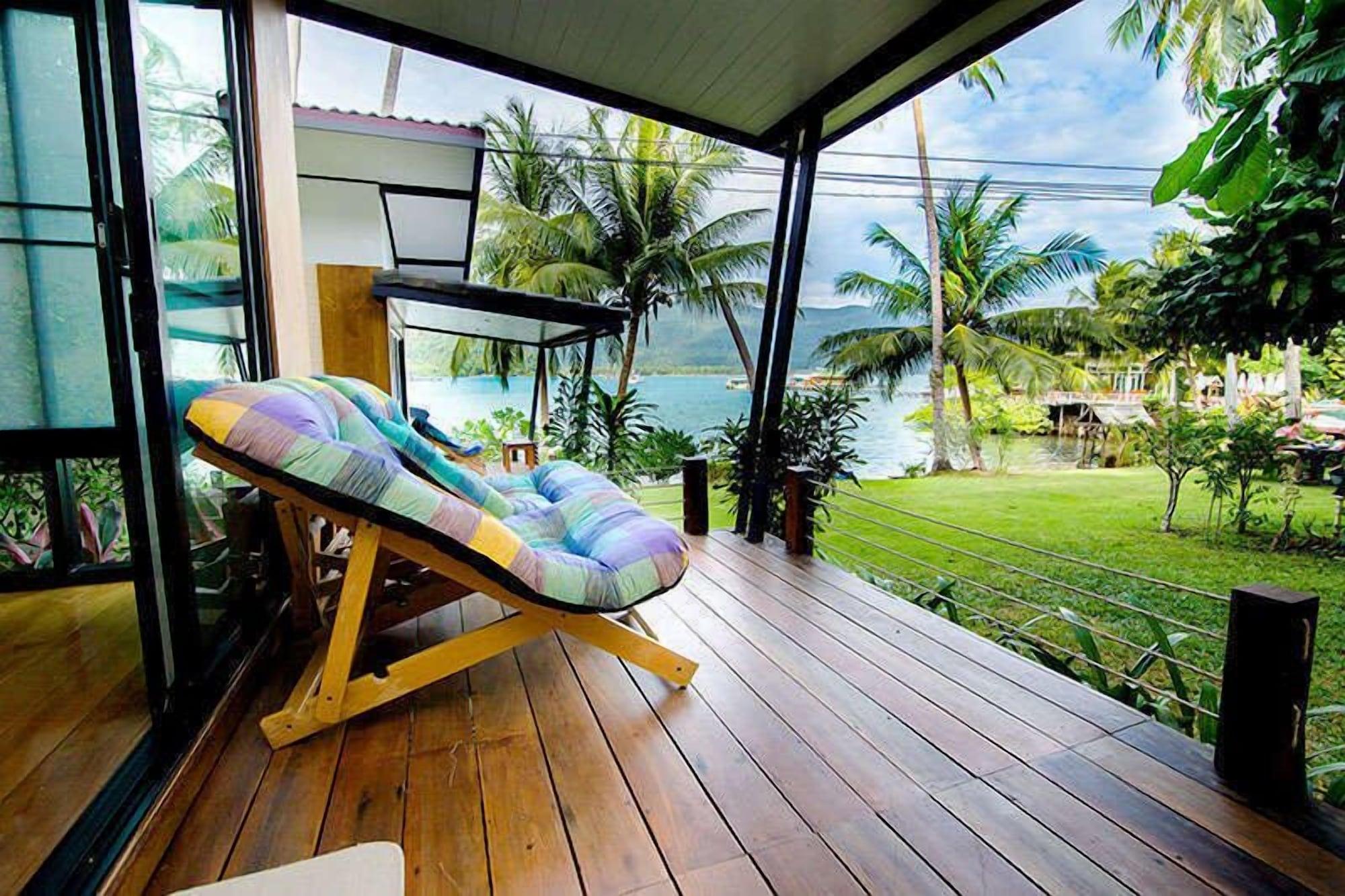 Resolution Resort, K. Ko Chang