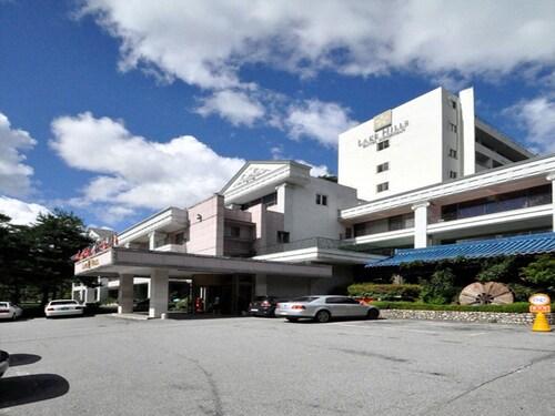 Lake Hills Songnisan Hotel, Boeun