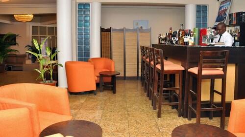 Sparklyn Hotels & Suites, Obio/Akp