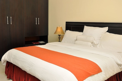 . Sparklyn Hotels & Suites