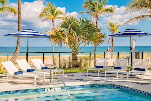 Plunge Beach Hotel, Broward