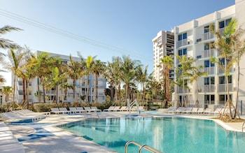 普拉吉海灘度假飯店 Plunge Beach Resort
