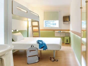 Triple Room, Multiple Beds (Large Bed and Bunk Bed)