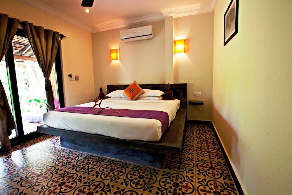 https://i.travelapi.com/hotels/15000000/14770000/14766800/14766789/166c0018_z.jpg
