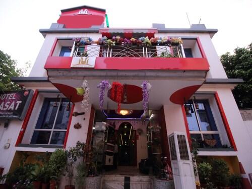 OYO 2756 Hotel Virasat, Gwalior