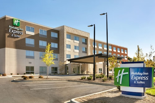 . Holiday Inn Express & Suites Salisbury, an IHG Hotel