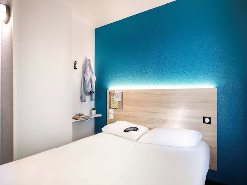 . hotelF1 Chilly-Mazarin Les Champarts (rénové)