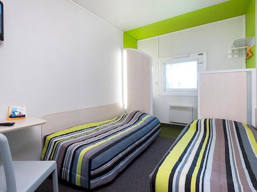 . hotelF1 Sens Nord