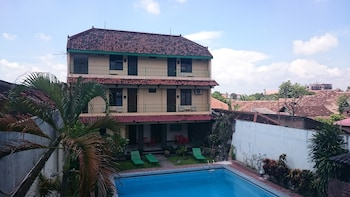 Hotel - Metro Guest House