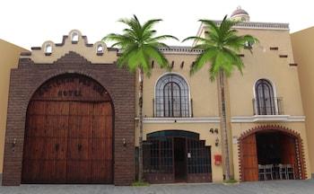Hotel - Hotel Hacienda del Sol