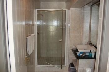 Cloverleigh Guest House - Bathroom  - #0